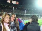 Antonella Roccuzzo au match au CAMP NOU de Barcelone