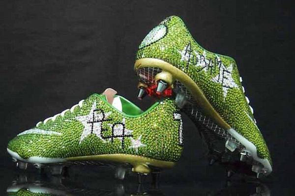 chaussure de foot les plus cher au monde,chaussure de foot