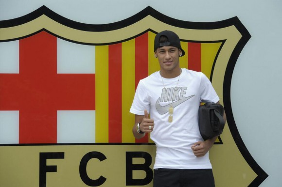 LIVE Présentation de Neymar au Camp Nou FC Barcelone streaming direct video