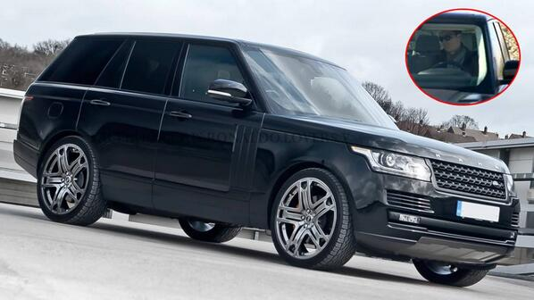 vid o range rover voiture de cristiano ronaldo. Black Bedroom Furniture Sets. Home Design Ideas