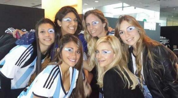 Les femmes de Messi, Gago, Demichelis, et Maxi Rodriguez