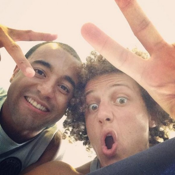 Lucas Moura Foot: Anniversaire Lucas: Le Selfie De David Luiz Et Lucas Moura