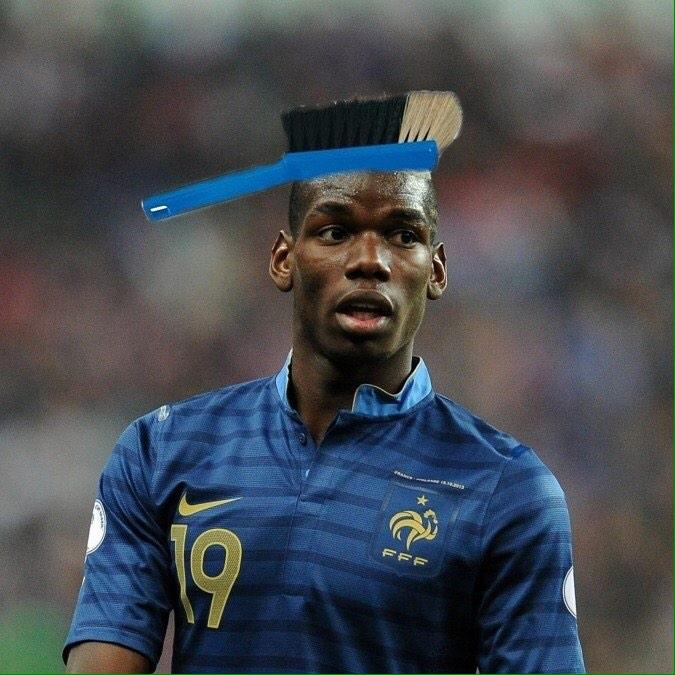 Humour la coupe de paul pogba lors de france albanie for Coupe de cheveux des footballeur