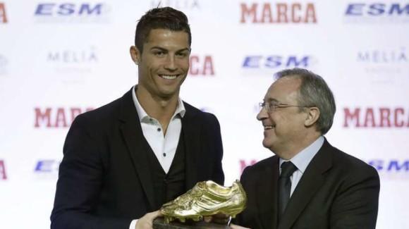 Vidéo des 48 buts de Cristiano Ronaldo soulier d'or 2014/2015 4ème CR7