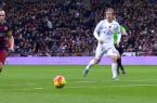 superbe but d'Iniesta sur une talonade de Neymar