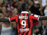Mario Balotelli avec le Maillot de l'OGC Nice de Lucien Favre